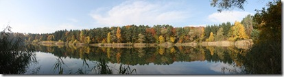 fall pond 2010_3484 Panorama (1024x273)