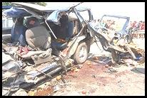ISRAEL.CAR.CRASH.02
