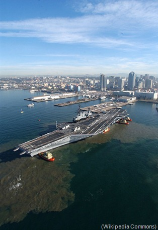 USS_Midway_(CV-41)_decommissioned