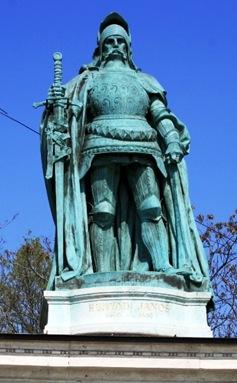 Juan Corvino, Regente de Hungria, Palatino de Transilvania, Conde de Beszterce, Budapest, Hungria
