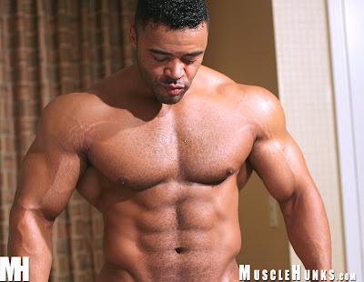 Muscle Hunk Mario Borelli
