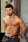 Muscle Hunk Manuel DeBoxer