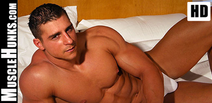 Hot Muscle Guy from MuscleHunks HD