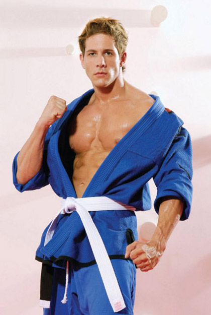 Sexy Muscle Man Samuel Finker