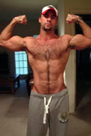 Muscle Daddy Bears and Hairy Muscle Men Gallery 1