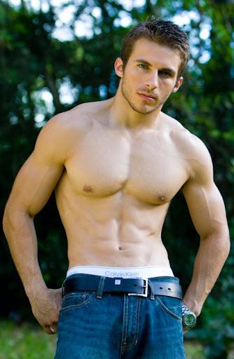 Michael Fitt - Hot Fitness Personal Trainer Male Model