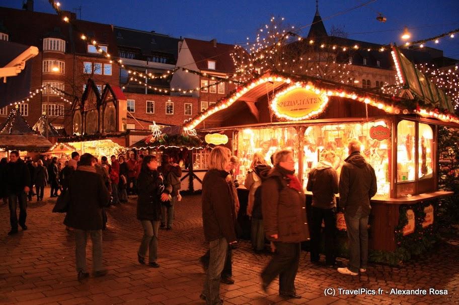 http://lh5.ggpht.com/_-qVyUbxUzdw/SyJO9SsVBXI/AAAAAAAAL1Y/HEKyuUSxvAs/s912/Weihnachtsmarkt_Marche_Noel_Allemagne_Bremen05.jpg