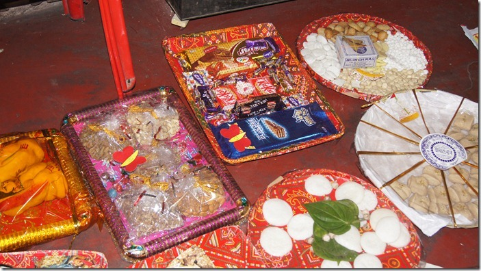 Wedding Gifts For Hindu Bride : Indian wedding