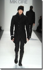 Mik Cire Runway Photos Fall 2011 9