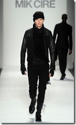 Mik Cire Runway Photos Fall 2011 16