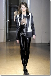 Rue du Mail RTW Fall 2011  25