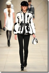 Burberry Prorsum Fall 2011 Ready-To-Wear Runway Photos 50
