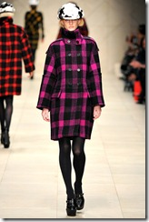 Burberry Prorsum Fall 2011 Ready-To-Wear Runway Photos 15