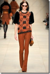 Burberry Prorsum Fall 2011 Ready-To-Wear Runway Photos 22