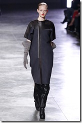 Rick Owens RTW Fall 2011 Runway Photos 24