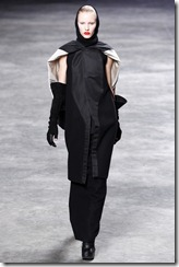 Rick Owens RTW Fall 2011 Runway Photos 3