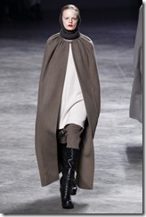 Rick Owens RTW Fall 2011 Runway Photos 6
