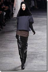 Rick Owens RTW Fall 2011 Runway Photos 37