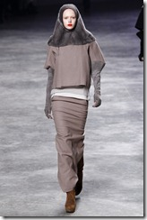 Rick Owens RTW Fall 2011 Runway Photos 38