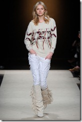 Isabel Marant Ready-To-Wear Fall 2011 Runway Photos 10