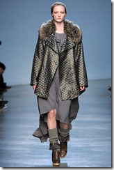Vanessa Bruno Ready-To-Wear Fall 2011 Runway Photo 11