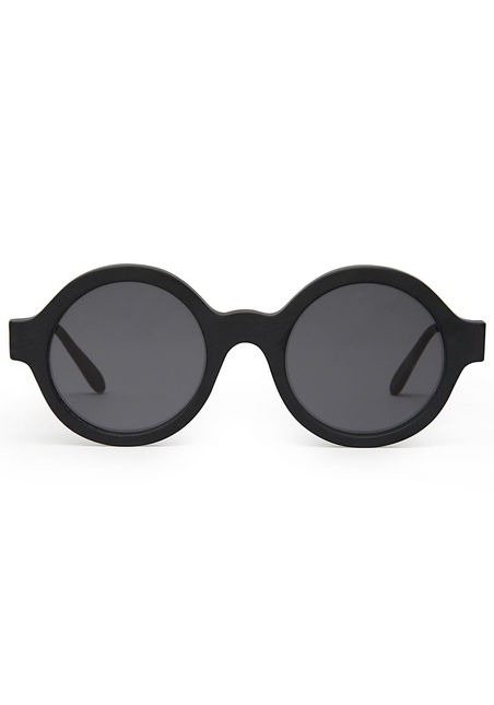 Wearable Trends: Sunglasses by Illesteva