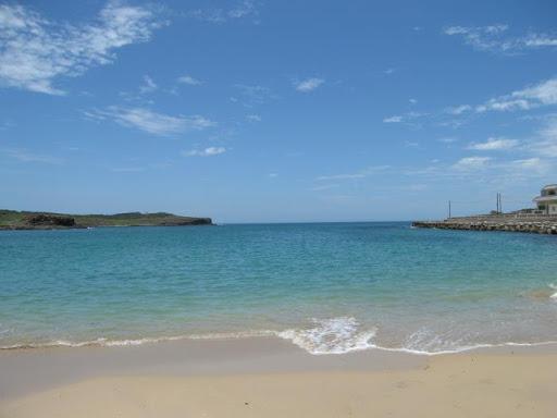 鯨魚洞外的沙灘