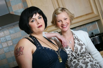 Nessa (Ruth Jones) with Stacey (Joanna Page)