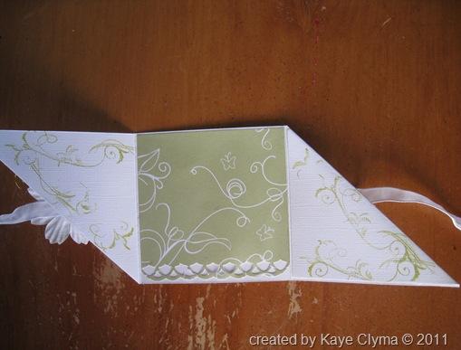 Feb 16 2011 cards & flowers 031