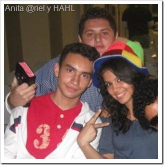 Anita @riel y HAHL