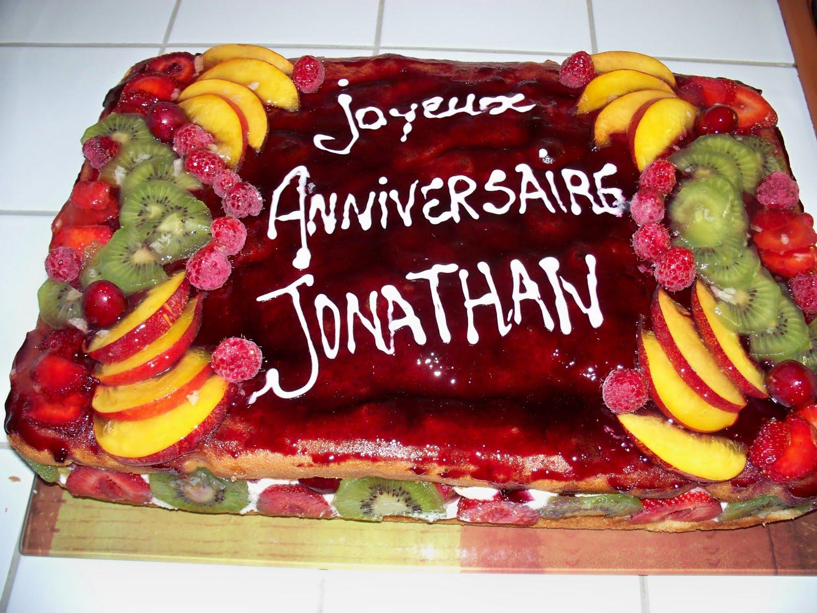 Célèbre anniversaire24: gateau d anniversaire aux fruits EX13