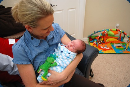 Aunt Tara holding Landon for the first time