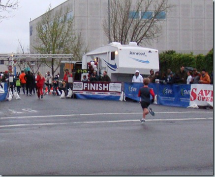 Davey B Runs the Modesto Marathon 044