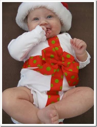 karácsonyi bébiruha
