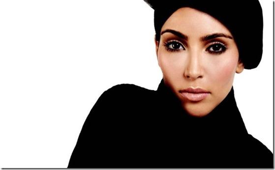 Kim_Kardashian_in_Ocean_Drive_Magazine-5-e1262817319427