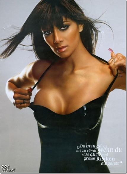 Nicole-Scherzinger-In-Maxim-004