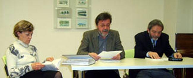"""Ivica Smolec - Promocija knjige """"Buđenja"""" Milana Ilića, Čitaonica Kustošija - Knjižnica Vladimira Nazora, Zagreb, 2009."""