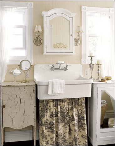 Bathroom-Toile-Sink-Skirt-HTOURS0307-de