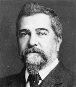 Louis_Comfort_Tiffany_c__1908