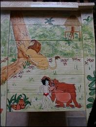 Zijkant Junglebook kist