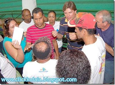 Maurício Baroni dialoga com dirigentes (Crédito: Fábio Alexandre)