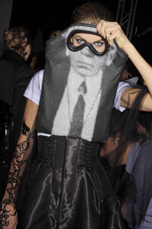 PARIS_Fashion week september october 2008 KARL LAGERFELD Ready to wear spring summer 2009
