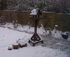 Bleak afternoon at the bird table - 05.01