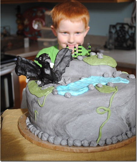 How to Train your Dragon Party-Watch out they have a nasty habit of ...