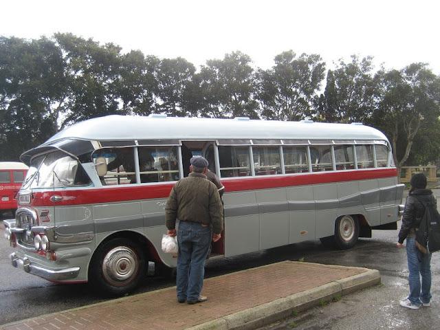 Kolejny autobus