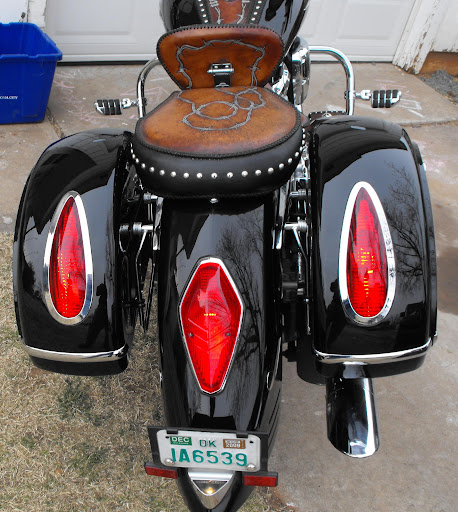 MU Saddlebags on 2002 Honda VTX 1800R