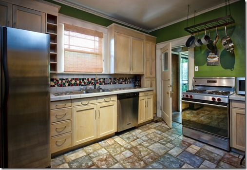 109 Pearl_kitchen1