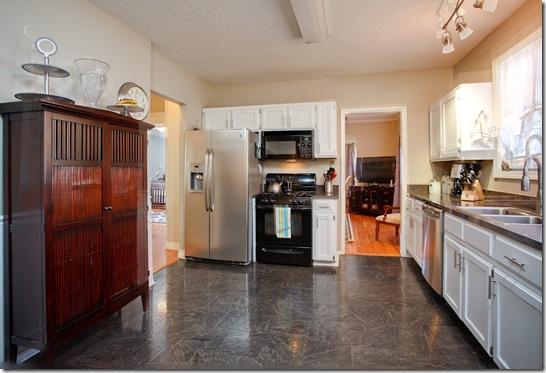 323 Rosetta_kitchen 1