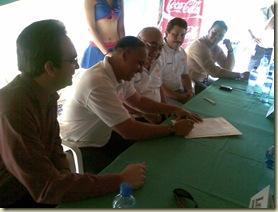 Firma de Lino Rivera 2009 02