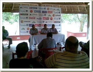 Rueda de prensa Mérida FC 04-12-10  05